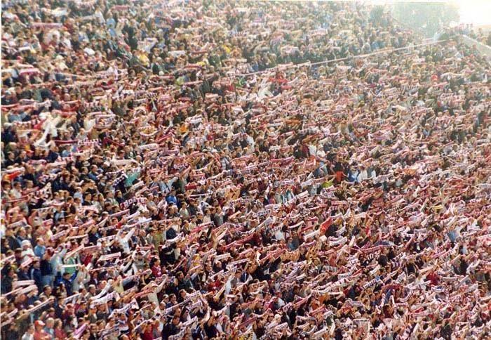 Stop alla Superlega: vince il calcio, vincono i tifosi. Ma una riforma del sistema è necessaria